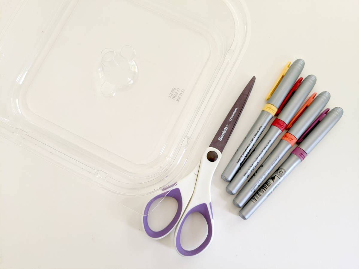 DIY shrinky dinks - materials
