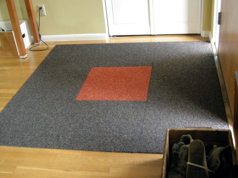Gray and red Flor carpet tile