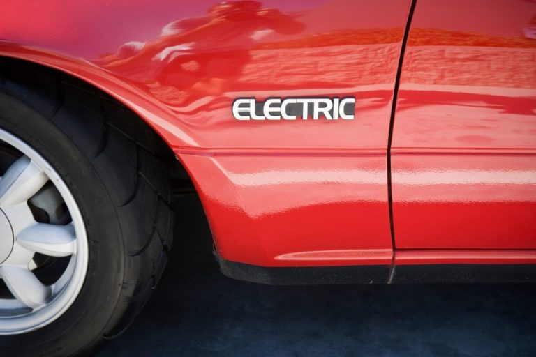 Carbon Footprint of Electric Cars (Are they REALLY Green?)