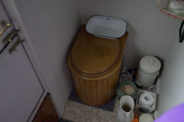 compost toilet in tiny house